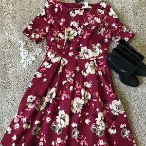 NWT dress from White House Black Market sz.4